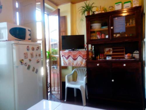 alojamiento-en-pension-santa-rosa-samos-12